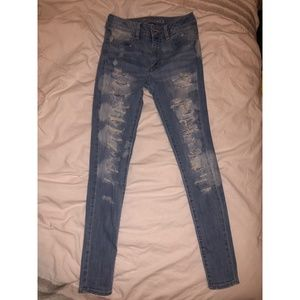 Distressed AE High-Waisted Skinny Jeans